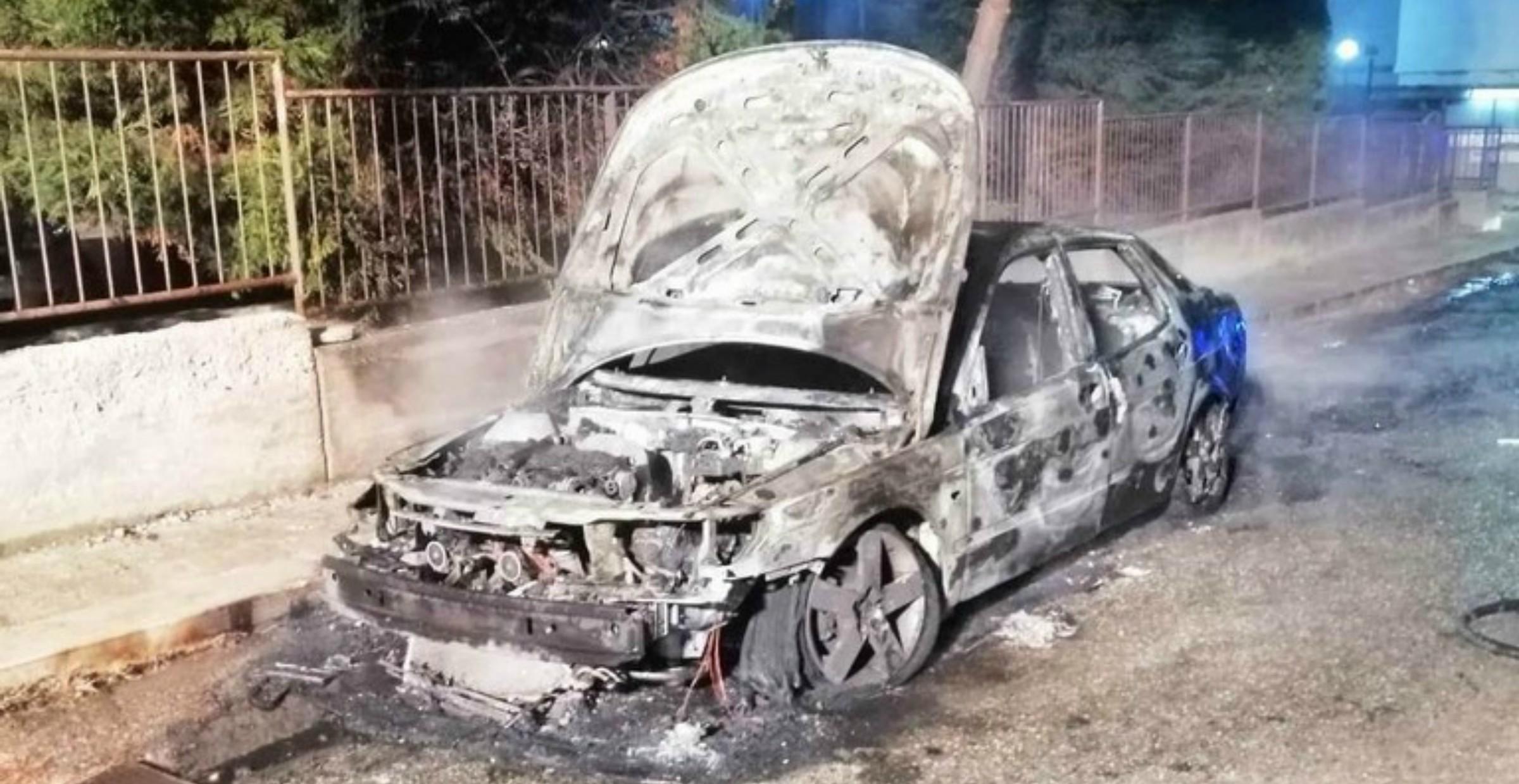 Incendiata auto del Sindaco di Toritto (Ba). Il comunicato di Avviso Pubblico