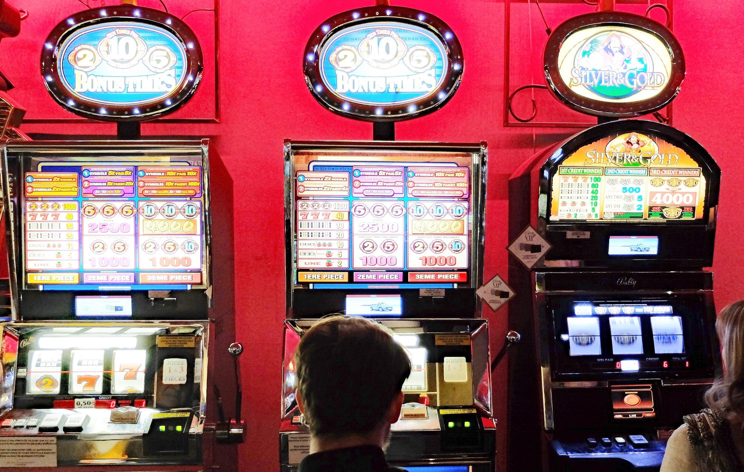 Gioco d'azzardo, pubblicati i dati ufficiali del 2019: negli ultimi cinque anni giocate aumentate del 25%. Sul sito di Avviso Pubblico la sintesi del Libro Blu
