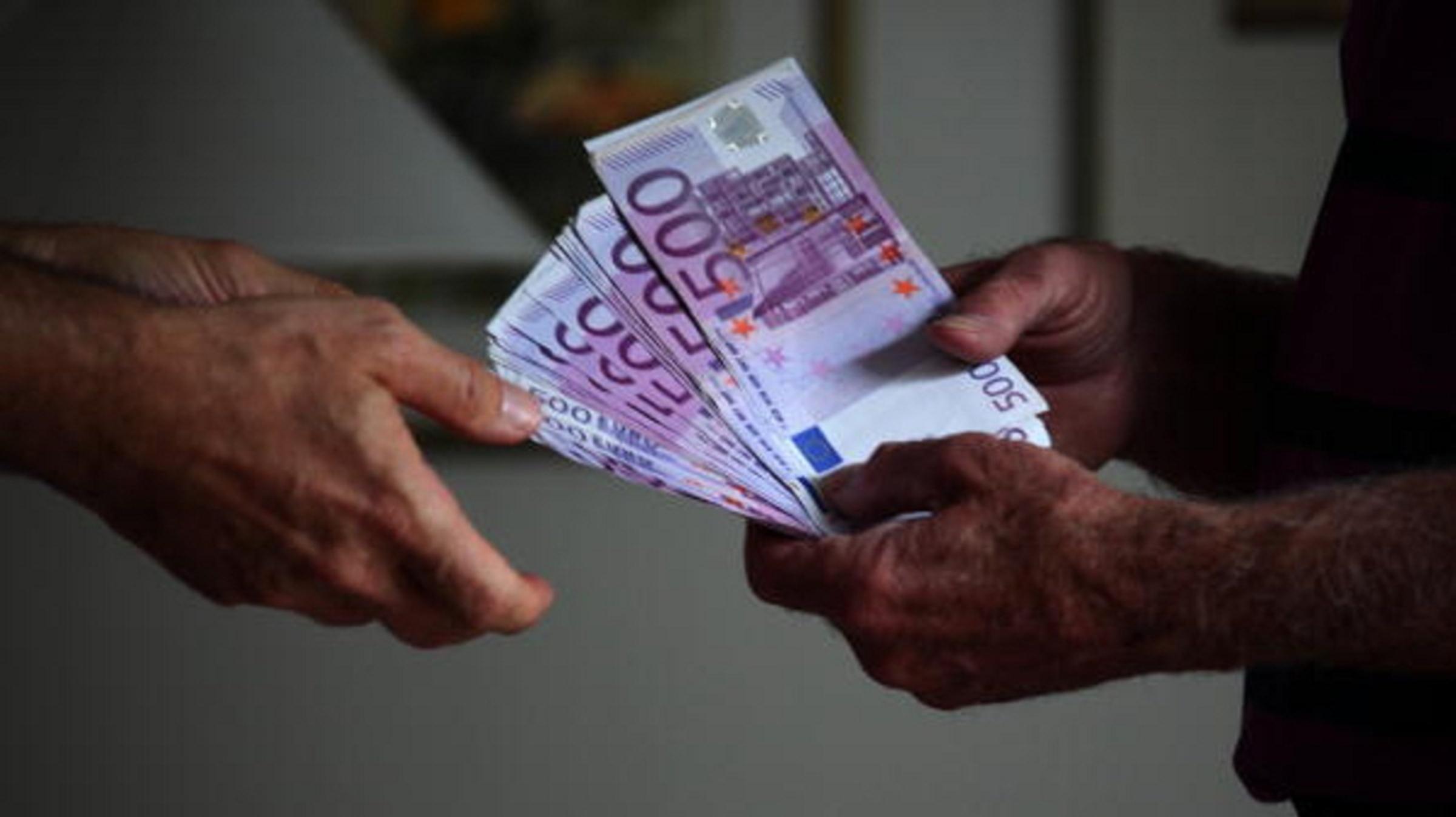 Corruzione, l'Italia scala la classifica dei Paesi virtuosi